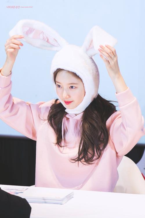 Nàng thỏ Suzy đốn tim fan với hình ảnh trong sáng như thiên thần.