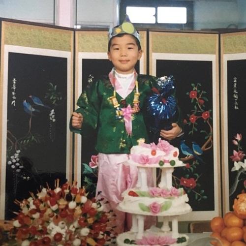 seunghoon-4939-1547206319.jpg