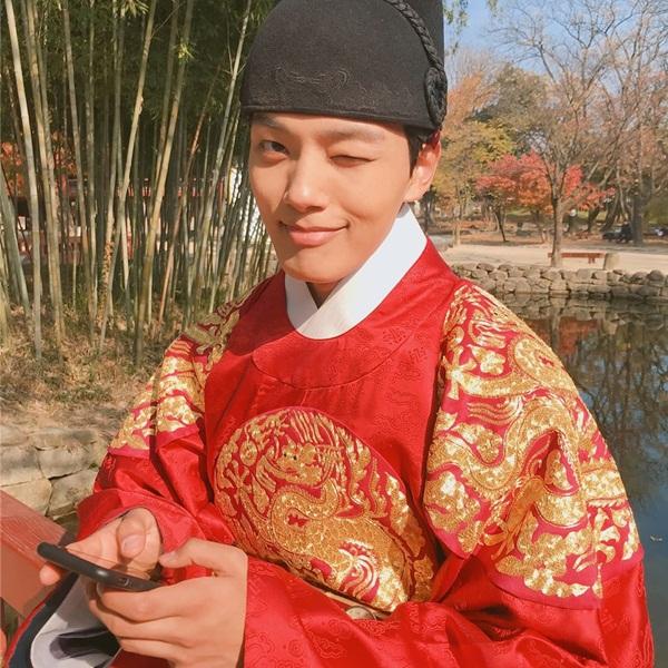 yeo-jingoo-5152-1547206319.jpg