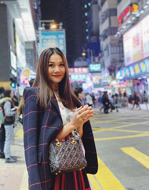 Thanh Hằng đang có mặt ở Hong Kong theo lời mời dự sự kiện của Dior.