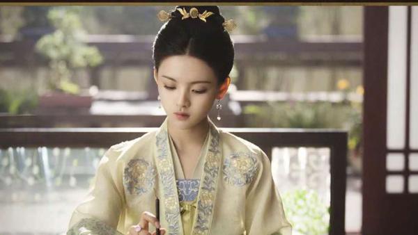 Dương Siêu Việt gây ấn tượng khi lần đầu thử sức với phim cổ trang.