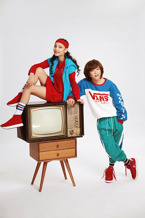 Thiên Khôi là một thành viên thuộc team Isaac, lên ngôi quán quân Vietnam Idol Kids. Sau đó, cậu bé tiếp tục giành chiến thắng tại Phiên bản hoàn hảo 2017. Thiên Khôi từng nhận học bổng toàn phần âm nhạc MPU của nhạc sĩ Đức Trí và nhiều học bổng về âm nhạc và nhảy khác.