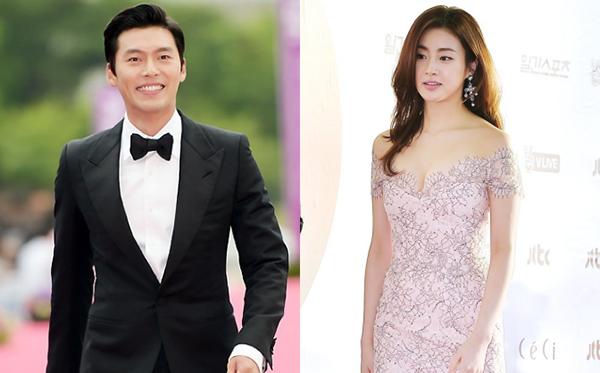 Đến năm 2016, Hyun Bin công bố tin hẹn hò cùng Kang Sora. Chuyện tình của cặp đôi nhận được nhiều sự ủng hộ vì Hyun Bin cũng đã đến tuổi lập gia đình. Kang Sora nổi tiếng với nhan sắc xinh đẹp, thân hình nóng bỏng và khả năng diễn xuất. Cặp đôi khá kín tiếng về chuyện yêu đương và ít khi đề cập đến đối phương. Năm 2017, cặp đôi tuyên bố chia tay khiến nhiều fan tiếc nuối.