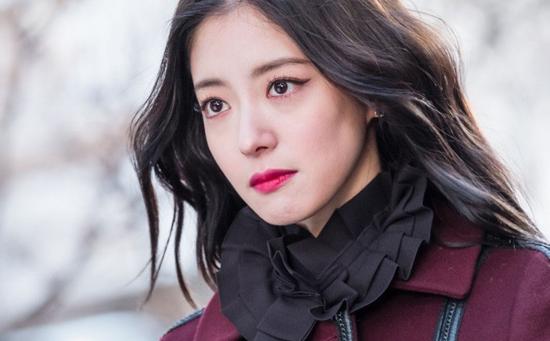 Lee Se Young xinh đẹp trong phim Hoa Du Ký.