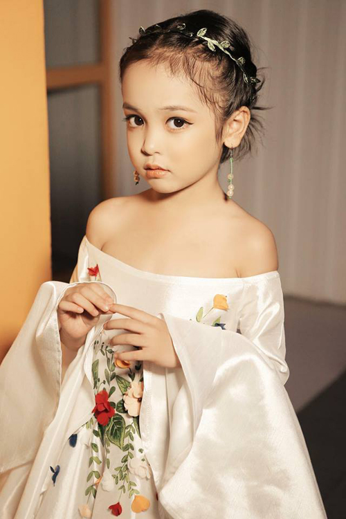 4 tiểu mỹ nhân được khuyên nên thi Hoa hậu ngay khi đủ tuổi