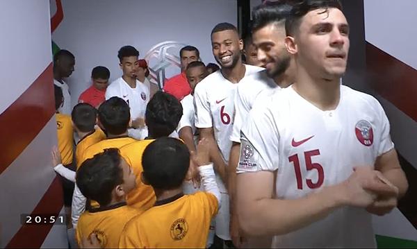 Các cầu thủ Qatar.