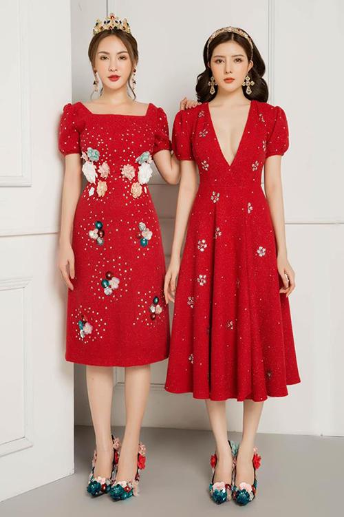 Đôi chị ngả em nâng thường xuyên diện đồ như sinh đôi trong các bộ ảnh. Cả hai cũng rất đắt show chụp lookbook cho các thương hiệu thời trang.