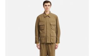 Uniqlo tung thiết kế 'áo khoác Kim Jong-un' độc lạ