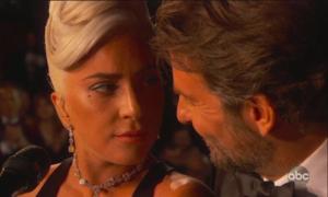 'Chemistry tung tóe' của Lady Gaga - Bradley Cooper tại Oscar 2019 gây náo loạn