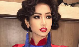 Hoa hậu chuyển giới Nhật Hà lộ đường nét nam tính khi trang điểm đậm