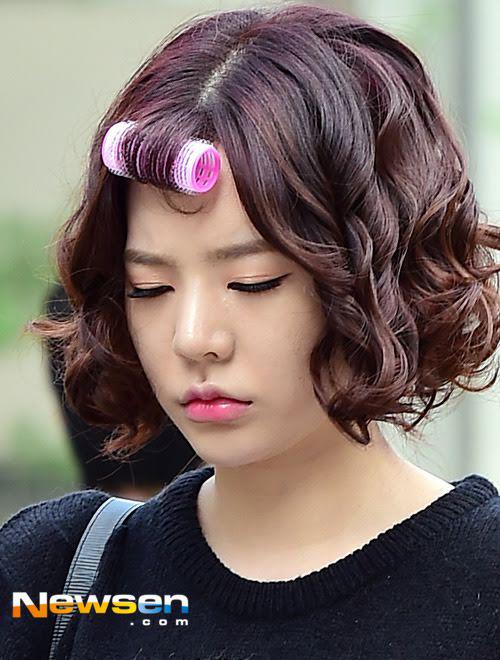 Trào lưu tiêm môi trái tim khiến hot girl Hàn ngày càng giống nhau - 7