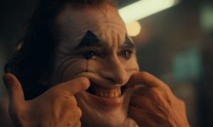 Tên hề điên loạn Joker tái xuất trong phiên bản điện ảnh 2019