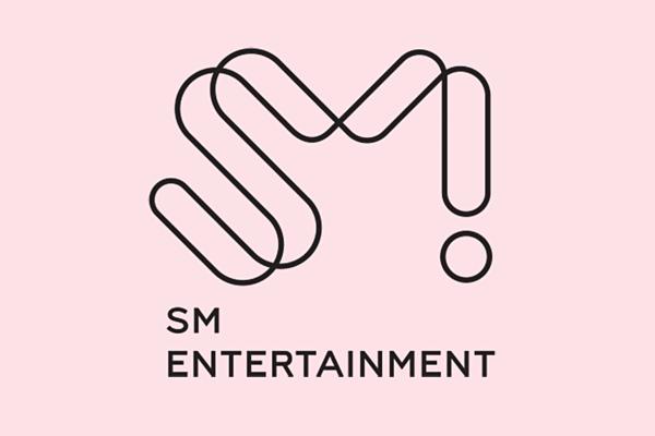 Công ty giải trí hàng đầu Kpop:1. SM Entertainment (69 phiếu)2. JYP Entertainment (60 phiếu)3. Big Hit Entertainment (55 phiếu)4. YG Entertainment (20 phiếu)