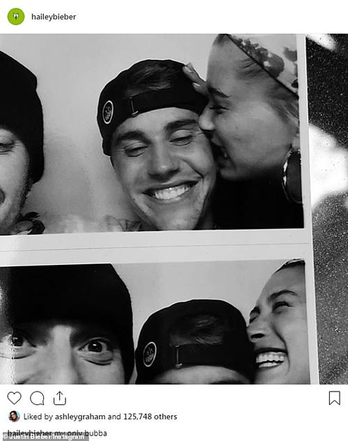 Hailey chia sẻ khoảnh khắc ngọt ngào bên ông xã Justin.