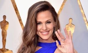 Nhan sắc người phụ nữ đẹp nhất thế giới năm 2019
