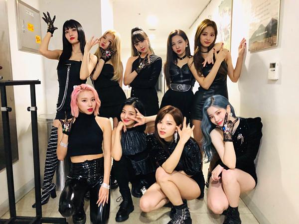 ...Nhưng cuối cùng Twice vẫn chứng minh: họ là girlgroup số 1 Hàn Quốc hiện nay.