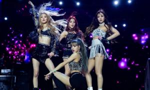 Jennie gây cười khi tự ý thay đổi vũ đạo của Black Pink