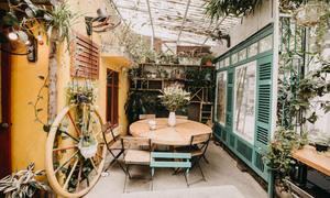 Những quán cà phê tái chế độc nhất tại Hà Nội
