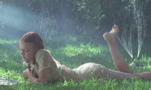 5 sao nữ Hollywood đóng phim nhạy cảm ở tuổi vị thành niên
