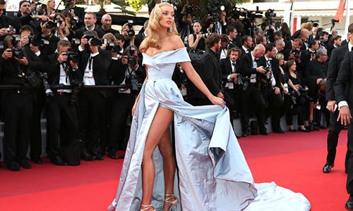 Vì sao thảm đỏ LHP Cannes đang trở thành ''đại hội người mẫu''?