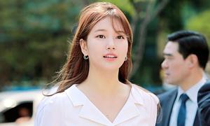 Đẳng cấp Suzy: Trang điểm 'sương sương' cũng khiến fan ngẩn ngơ