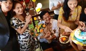 Ông Sơn 'Về nhà đi con' được các con tổ chức sinh nhật