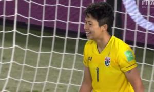 Thủ môn nữ Thái Lan đá phản lưới nhà tại World Cup 2019