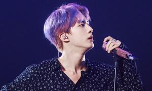 Jin (BTS) để kiểu tóc lộ trán khoe visual 'mỹ nam toàn cầu'