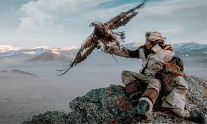 Chàng trai chi 100 triệu đồng đi Mông Cổ chụp ảnh săn nuôi đại bàng