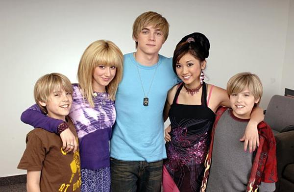 Bên cạnh ca hát, Jesse McCartney còn tham gia đóng phim. Anh bắt đầu xuất hiện trên màn ảnh khi mới chỉ 11 tuổi với bộ phim truyền hình Summerland.  Sau này, Jesse tham gia vai khách mời trong Hannah Montana và Suit Life Of Zack And Cody.