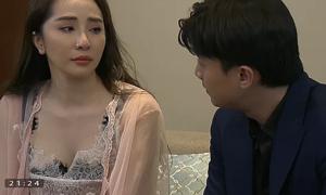 Quốc Trường - Quỳnh Nga né tránh nhau sau cảnh hôn ngấu nghiến