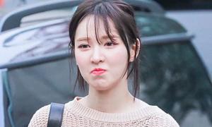 Sao Hàn vẫn xinh dù đầu tóc kém gọn gàng