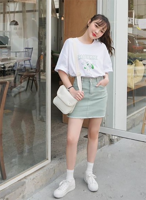 6 cách mặc đẹp chỉ với áo phông trắng - 5