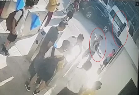 Video trích xuất từ camera từ nhà trường.