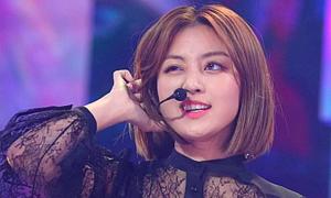 Sau 'tâm bão' hẹn hò, Ji Hyo chuẩn bị comeback cùng Twice