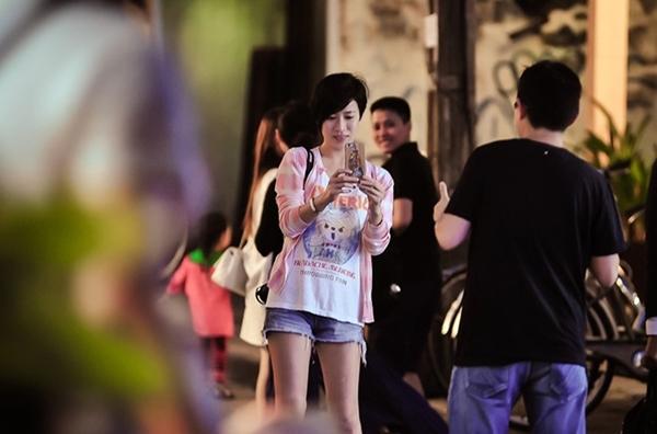 Năm 2016, nữ diễn viên màn ảnh Trung Quốc Xa Thi Mạn xuất hiện trên đường phố Hội An với trang phục trẻ trung, năng động.