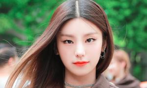 BXH thương hiệu idol nữ tháng 8: Jennie (Black Pink) tăng hạng vẫn thua Yeji (ITZY)