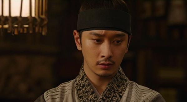 Chan Sung của 2PM đóng vai phụ trong drama cổ trang Queen for 7 Days. Nội dung phim kể về mối tình có thật giữa vua Jung Jong (Yeon Woo Jin) và hoàng hậu Dang Yeong (Park Min Young), vị hoàng hậu có thời gian tại vị ngắn nhất trong lịch sử, chỉ với 7 ngày. Vai của Chan Sung trong phim là Seo Noh, bạn thân và là vệ sĩ của nhà vua. Anh khiến khán giả chú ý.với những cảnh hành động, đấu võ. Dù chỉ đóng một vai phụ, Chan Sung rất đầu tư cho vai diễn và làm việc nghiêm túc, hết mình trên trường quay, gây ấn tượng với đoàn làm phim.