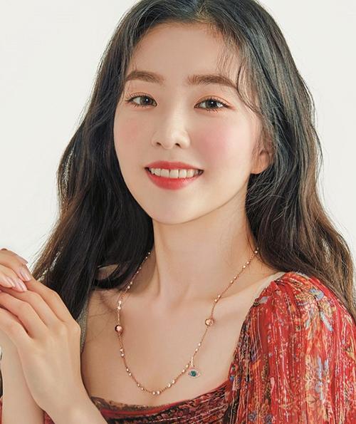 Irene được khen xinh như búp bê khi trang điểm má say rượu - 5