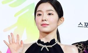 Cách makeup 'sương sương' gây tranh cãi của Irene