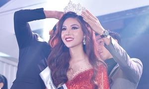 Cựu VĐV bóng chuyền đăng quang hoa hậu ở Malaysia