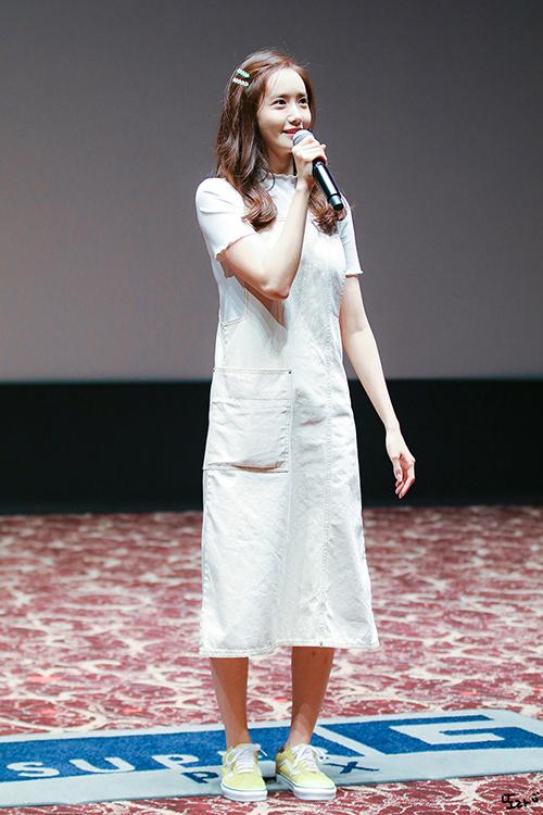 3 kiểu đồ yêu thích giúp Yoona hack tuổi - 1