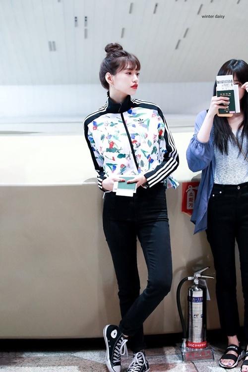 Trang phục hàng ngày của idol có khí chất thời trang nhất Kpop - 4
