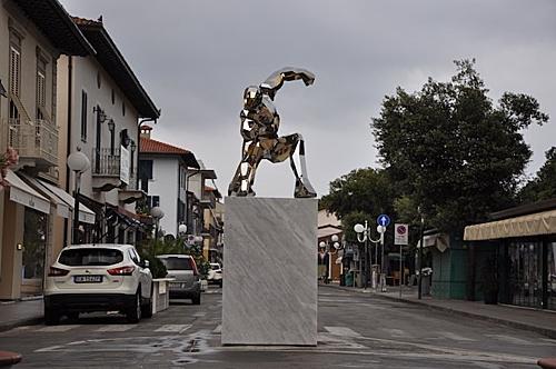 Iron Man được xây tượng đài vinh danh ở Ý