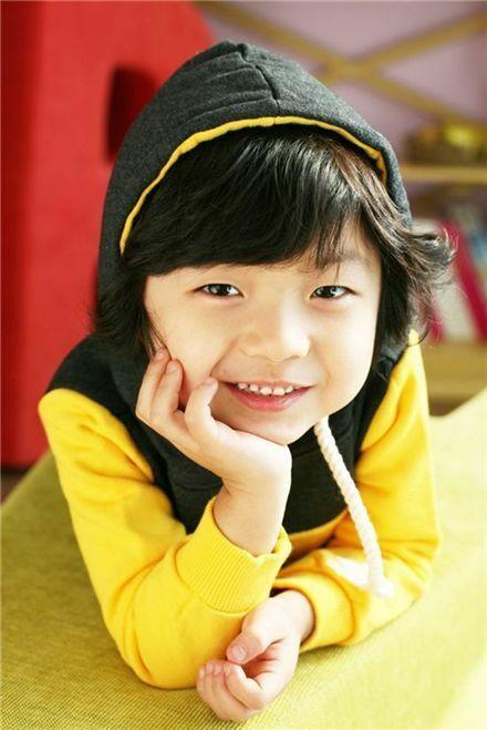 Cậu nhóc từng là sao nhí của Hàn Quốc.