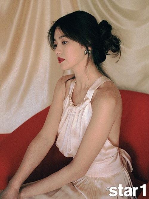 Song-Hye-Kyo2-2372-1567688663.jpg