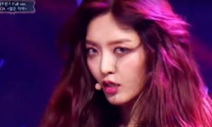 AOA khoe vũ đạo 'Miniskirt' gợi cảm