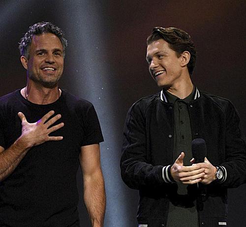 Mark Ruffalo và Tom Holland.