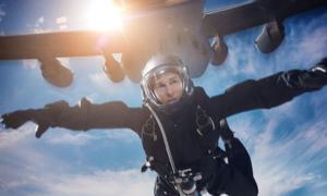 Hậu trường Tom Cruise nhảy từ độ cao hơn 7.000m
