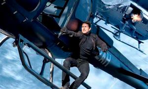 Những pha mạo hiểm 'điên rồ' nhất của Tom Cruise